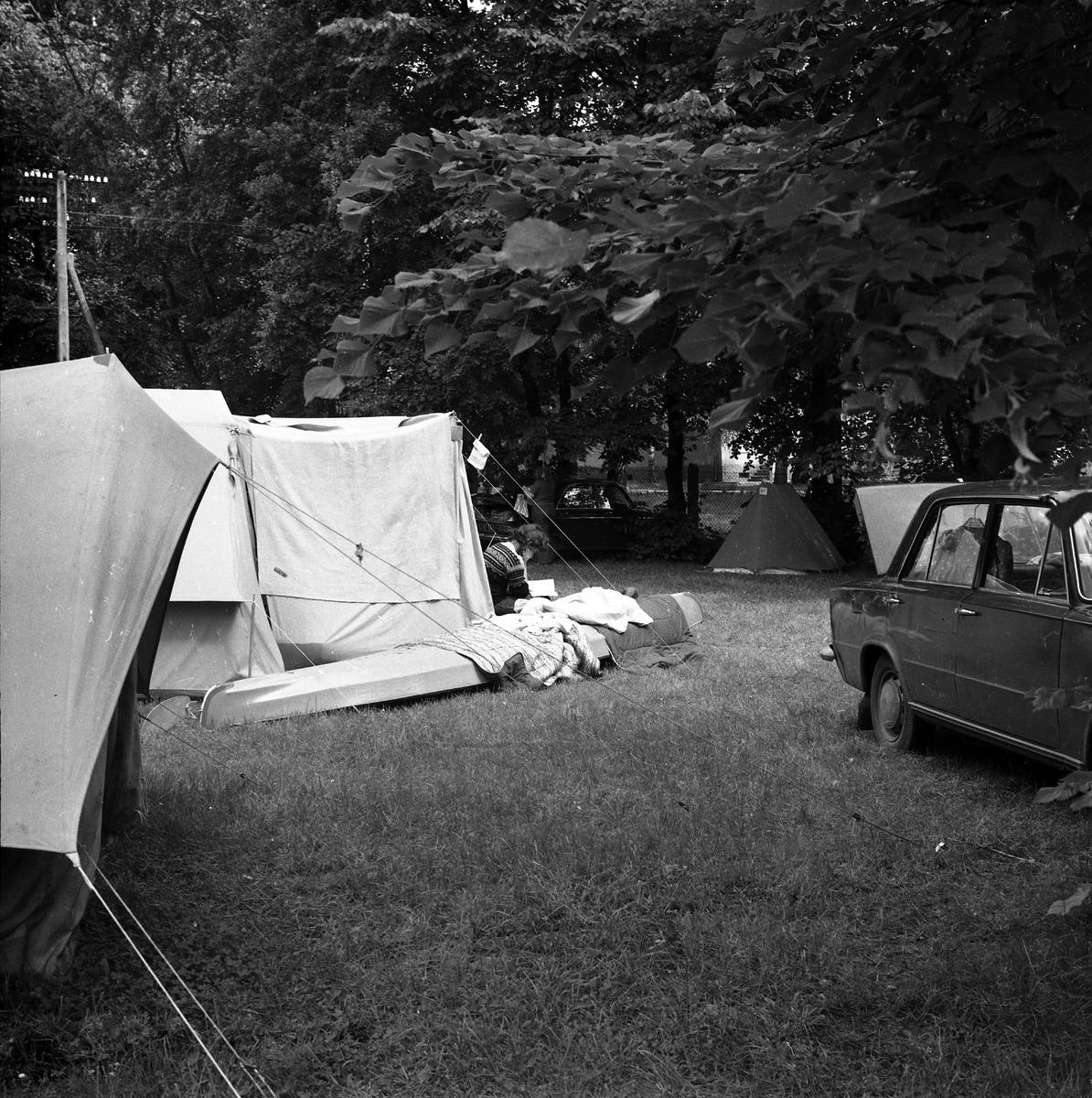 Camping przy zamku [3]