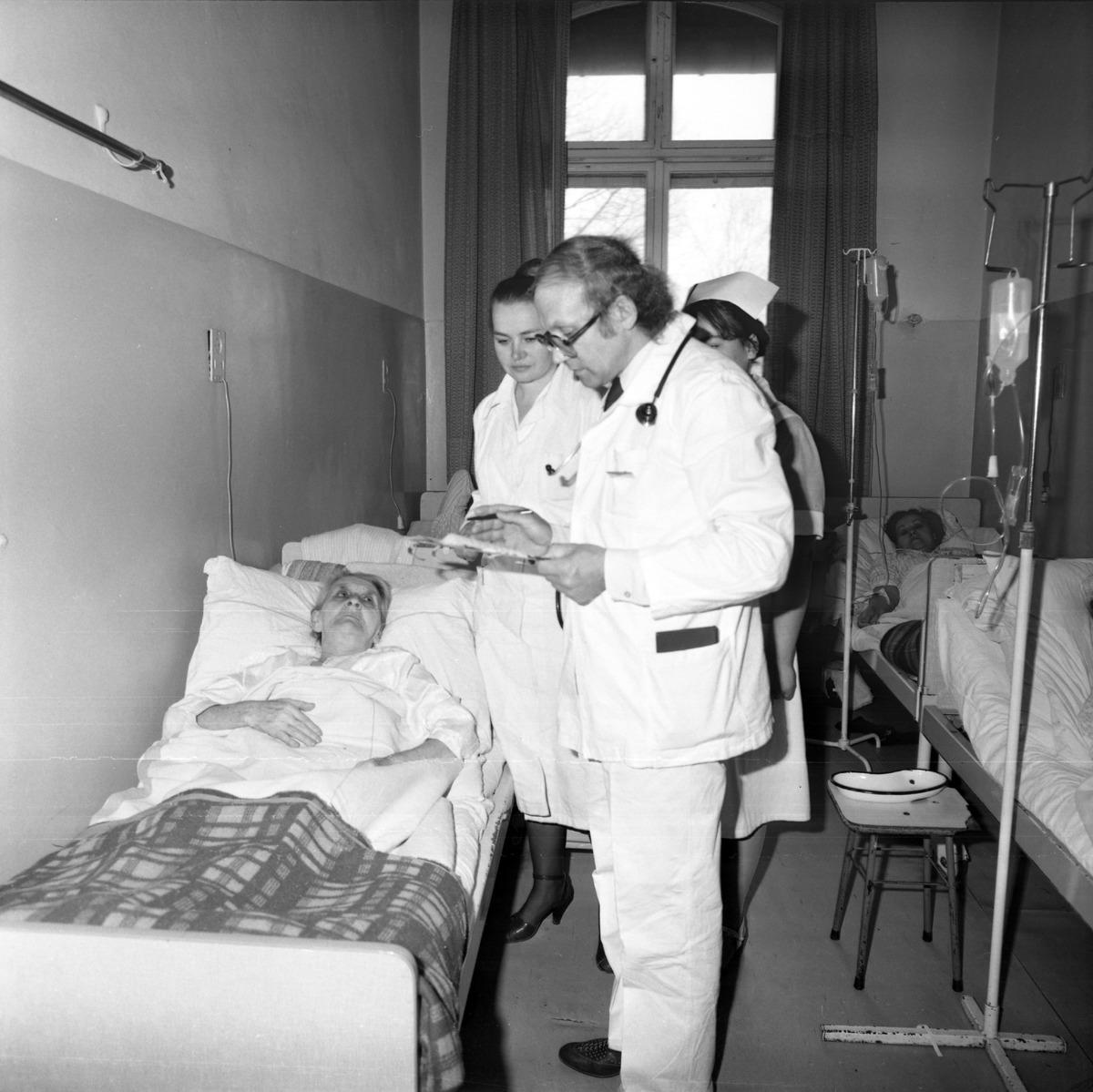 Dzień Służby Zdrowia w szpitalu ZOZ, 1986 r. [8]