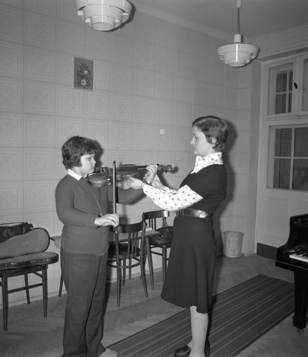 Zajęcia w szkole muzycznej [8]