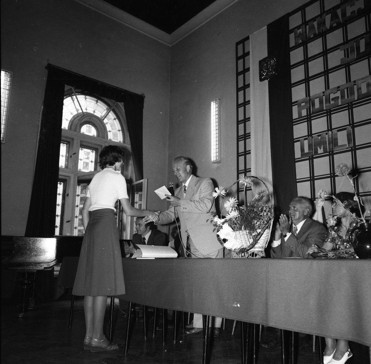 Zakończenie roku szkolnego 1976/1977 w LO