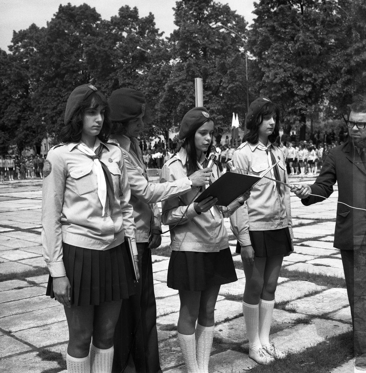 Nadanie patronatu ZHP nad parkiem przy plaży, 1974 r.