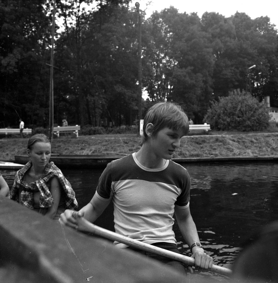 Pagajowanie przez kanał Łuczański [1]