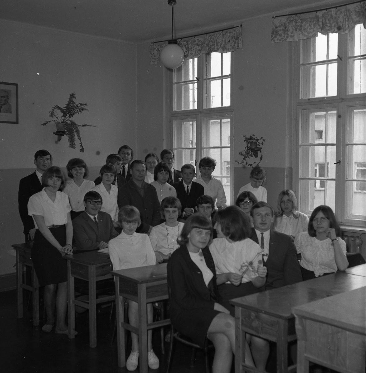 ./Oddane 14.01/L_P_Apel_Pożegnalny_1967/foto_0001.jpg