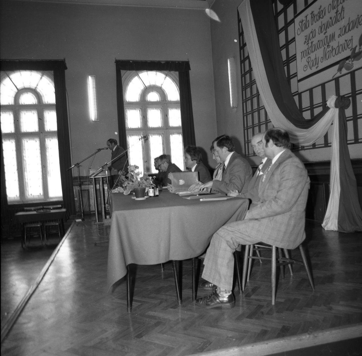Spotkanie członków partii w LO [1]
