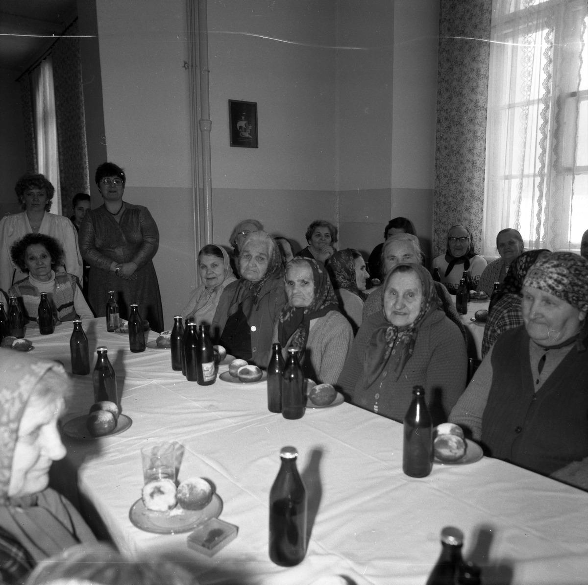 Dzień Kobiet w DPS, 1988 r. [1]
