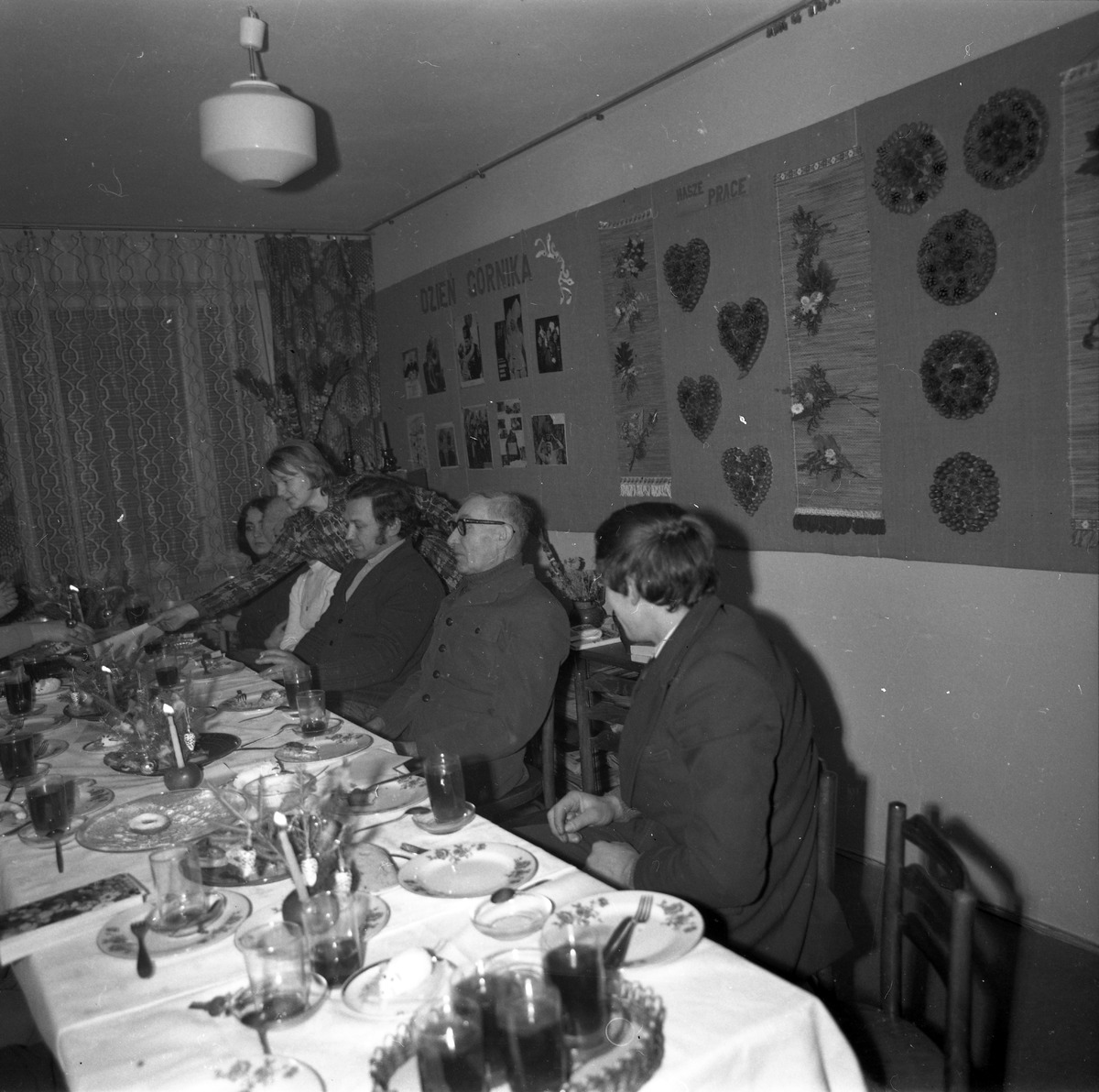 Spotkanie w klubie osiedlowym [8]