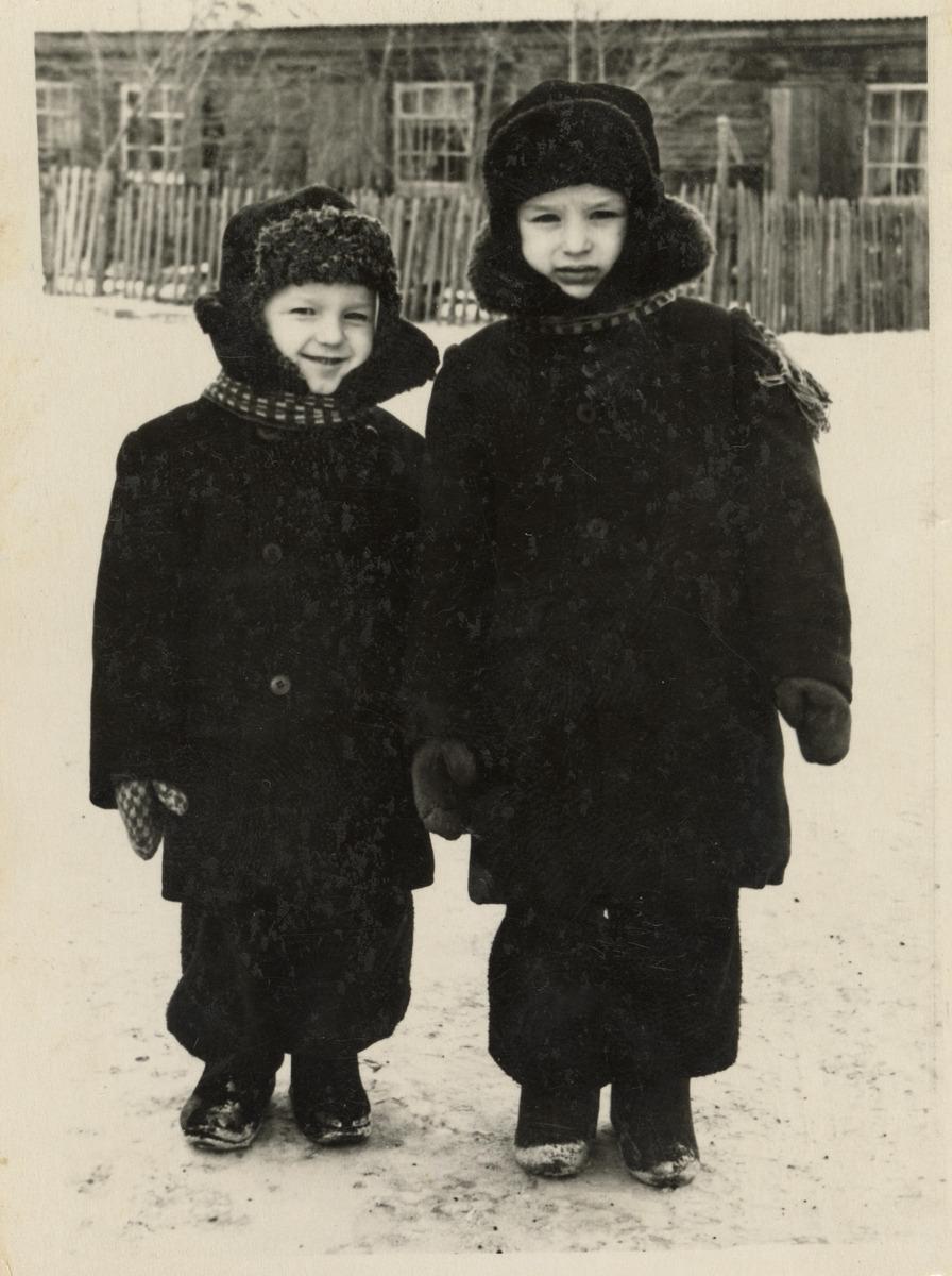 Stanisław i Roman Warnasowie na Syberii