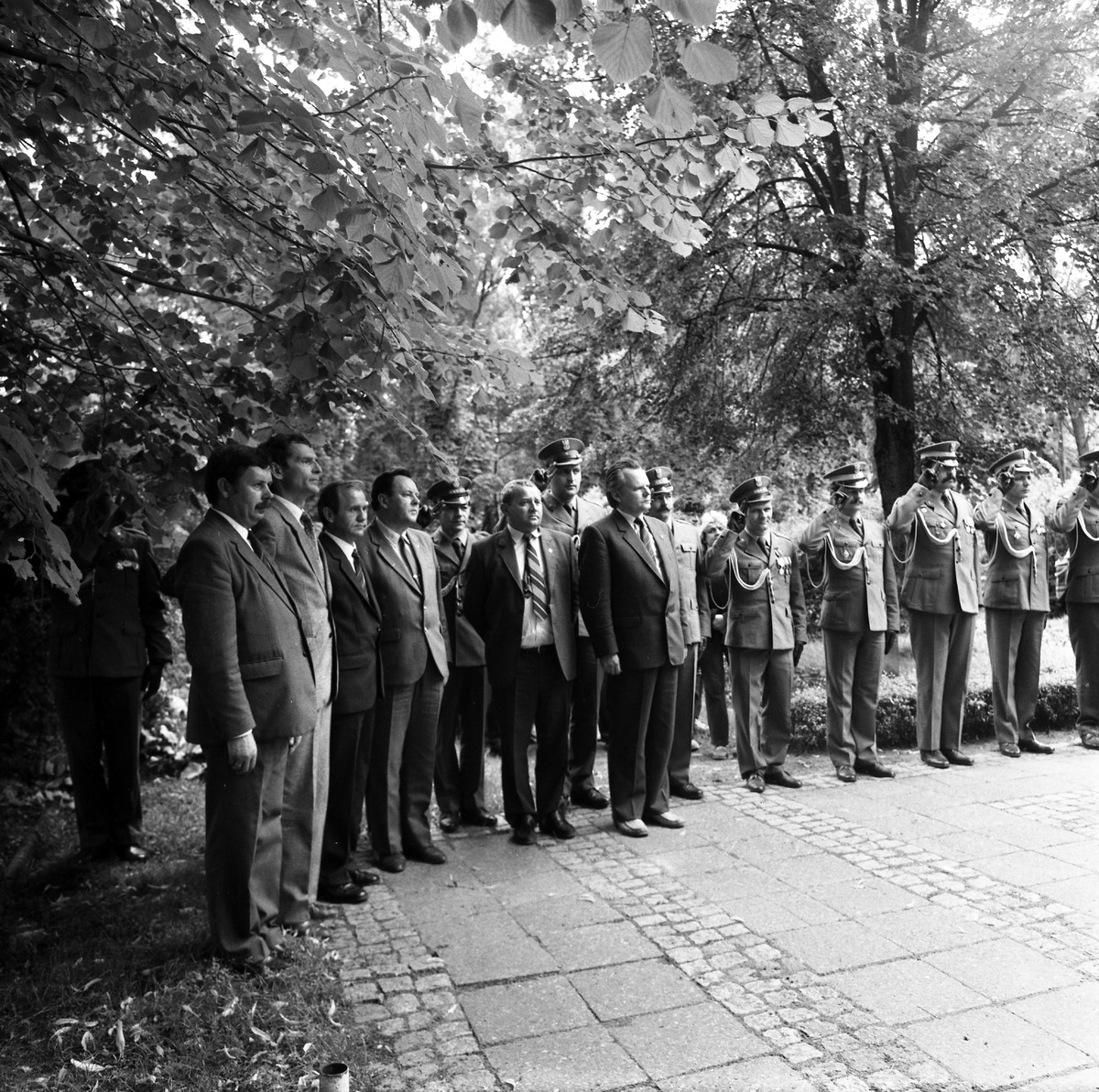 Delegacja ZSRR na cmentarzu żołnierzy radzieckich [3]