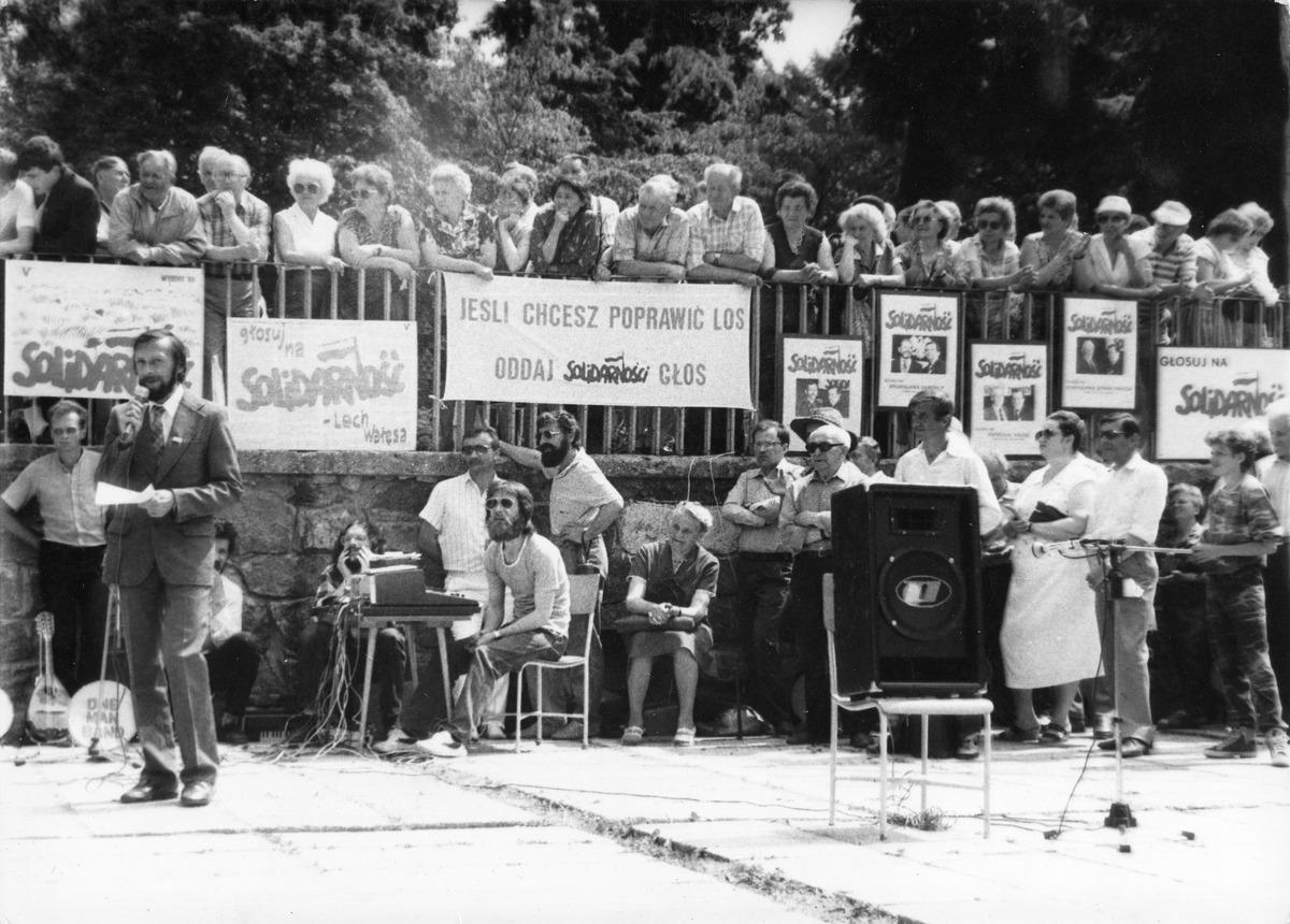 Wiec przedwyborczy 1989 [1]