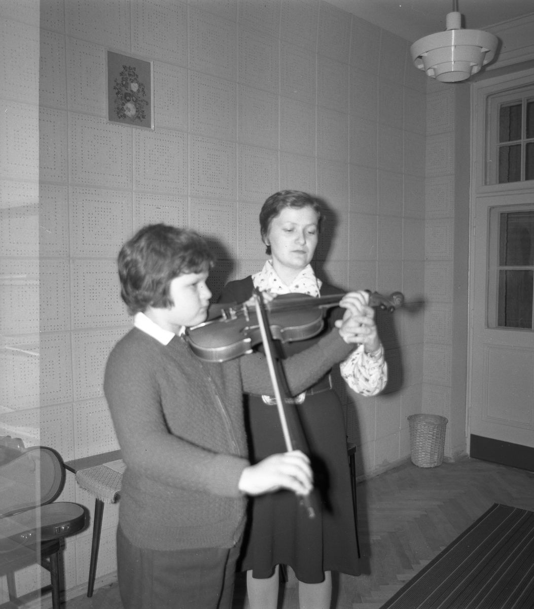 Zajęcia w szkole muzycznej [7]