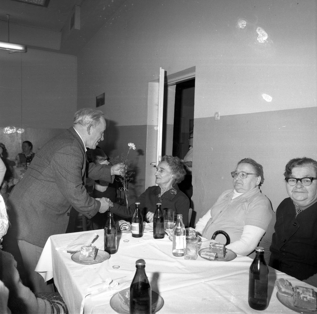 Uroczystość w DPS w Giżycku, 1984 r. [7]