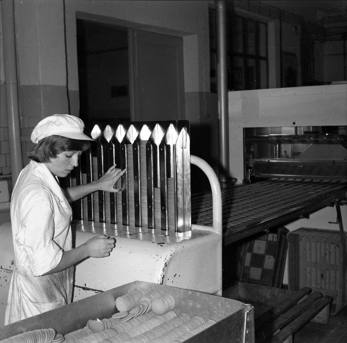 Pracownicy Wytwórni Pieczywa Cukierniczego
