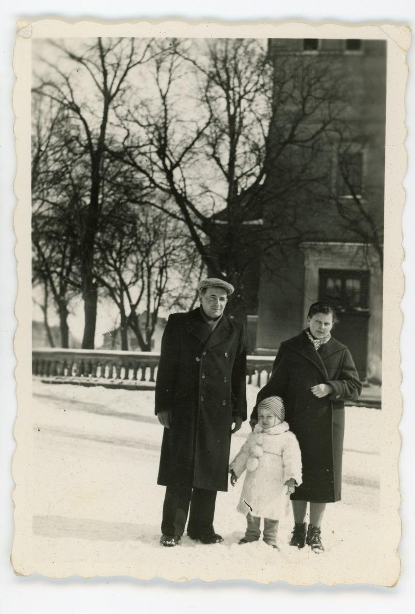 Rodzina Jaroszów, ok. 1957 r. [2]