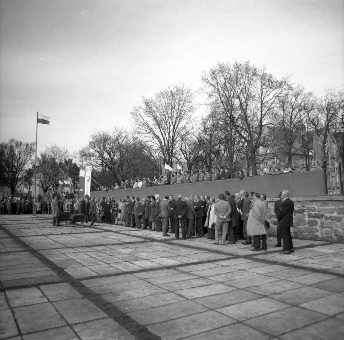 Obchody Dnia Kombatanta, 1976 r. [1]