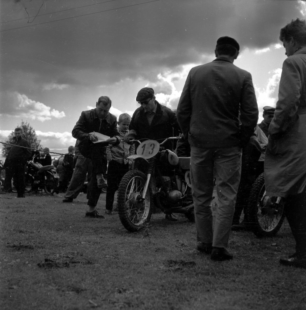 Zawody motocrossowe, 1964 r. [4]