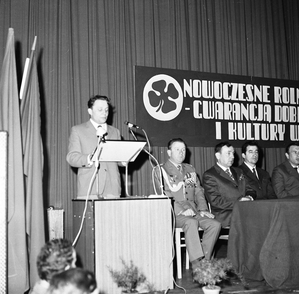 Obchody Święta Ludowego, 1972 r. [3]