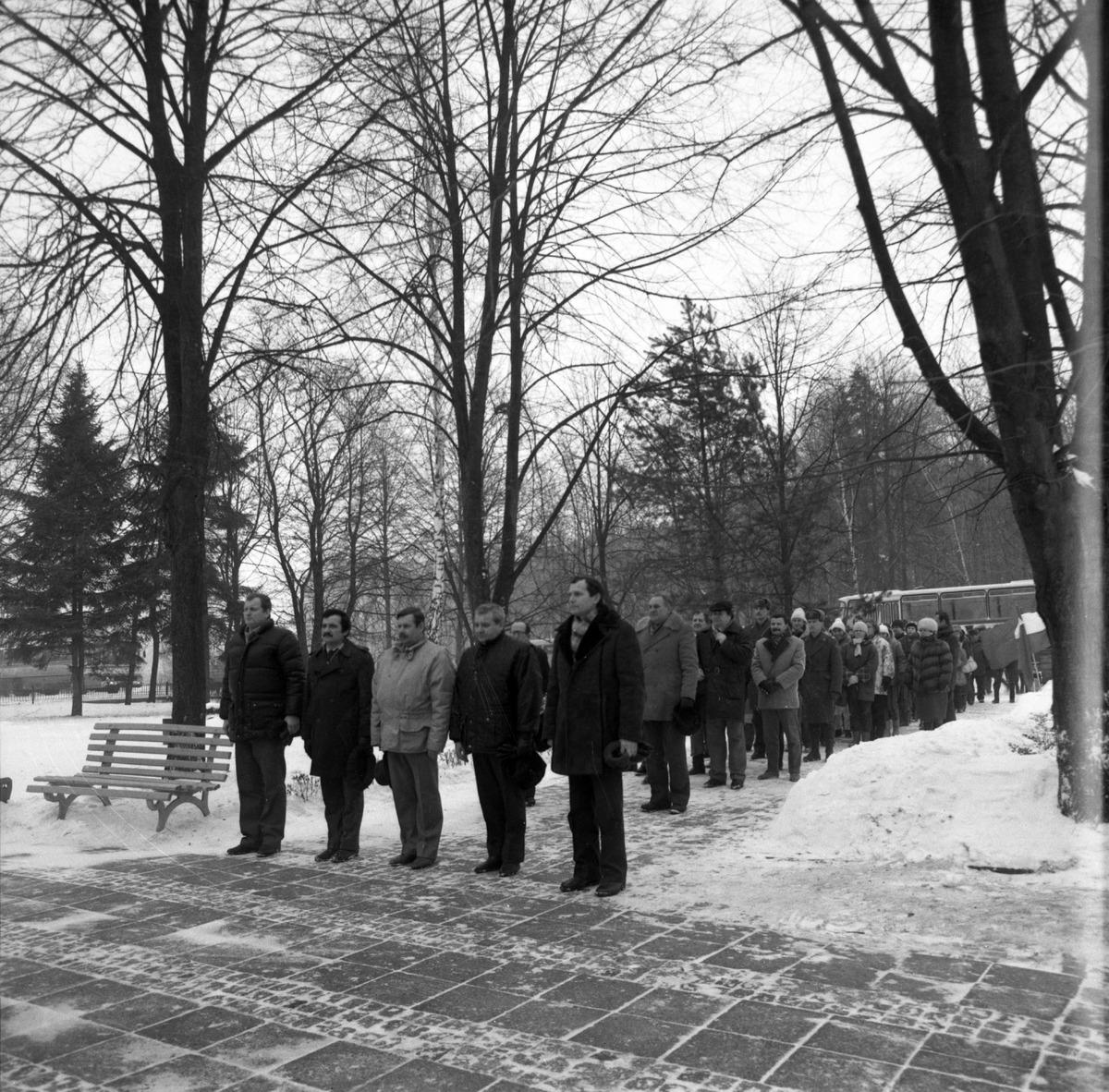 Uroczystość na cmentarzu żołnierzy radzieckich [4]