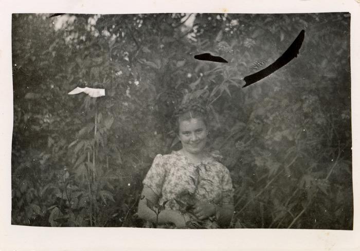 Dziewczyna z Grochowa, ok. 1940 r. [2]