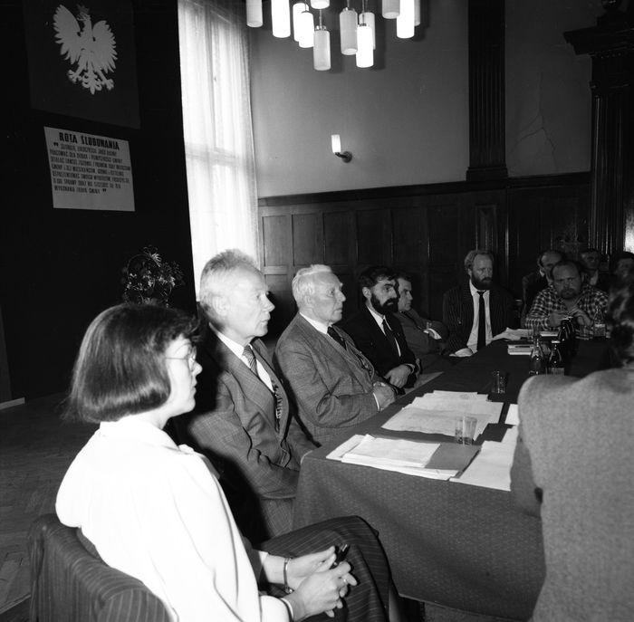 Uroczysta sesja Rady Miejskiej, 1990 r. [10]