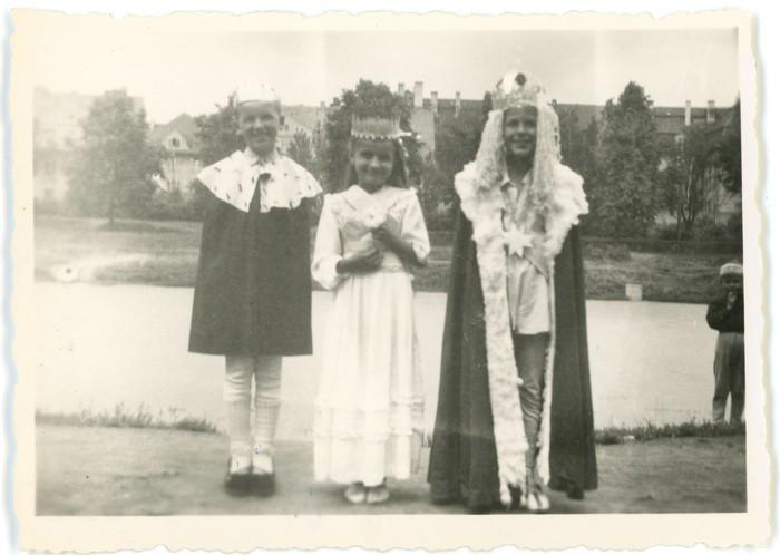 Przedstawienie teatralne w przedszkolu, 1956 r. [3]