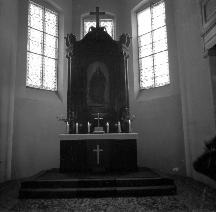Ołtarz kościoła ewangelickiego [9]