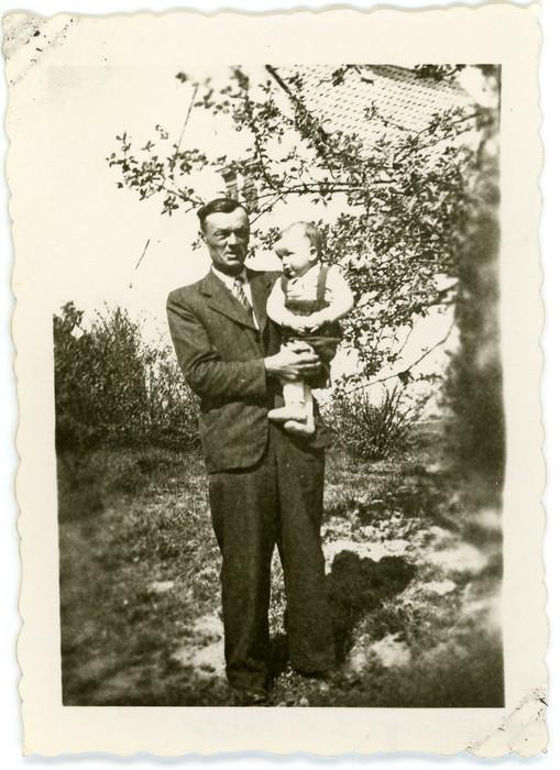 Waldemar Klimiuk z ojcem Józefem, 1948 r.