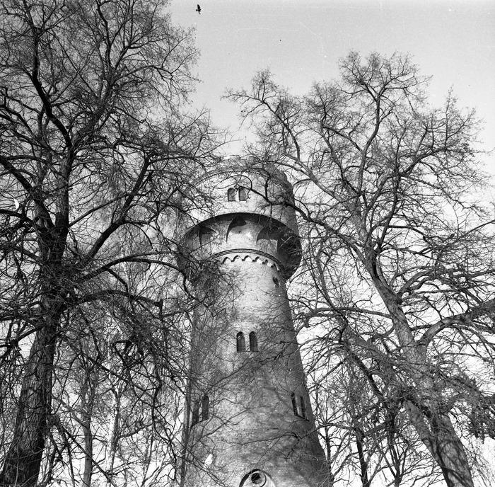 Wieża ciśnień [12]