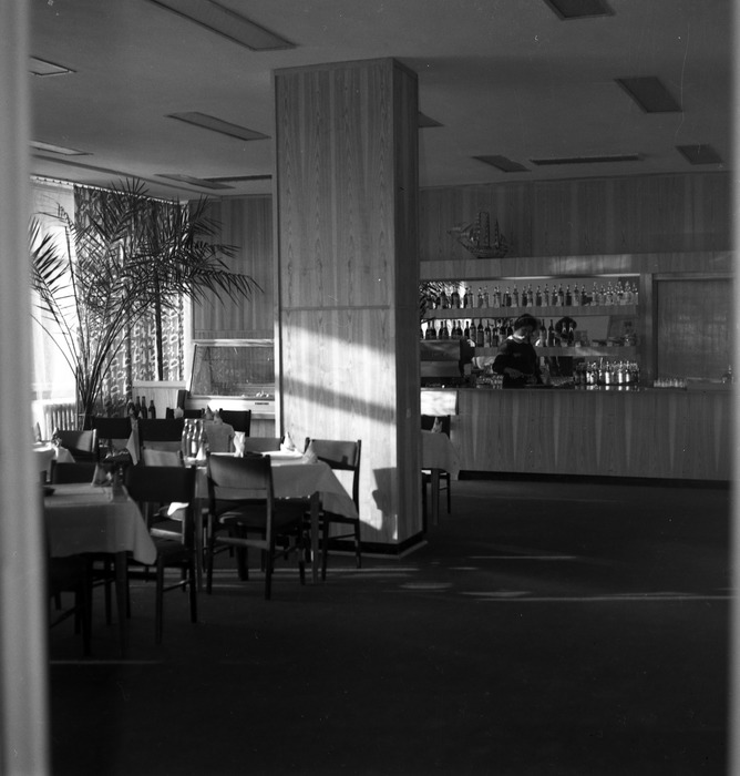 "Restauracja Hotelu ""Wodnik"" [5]"