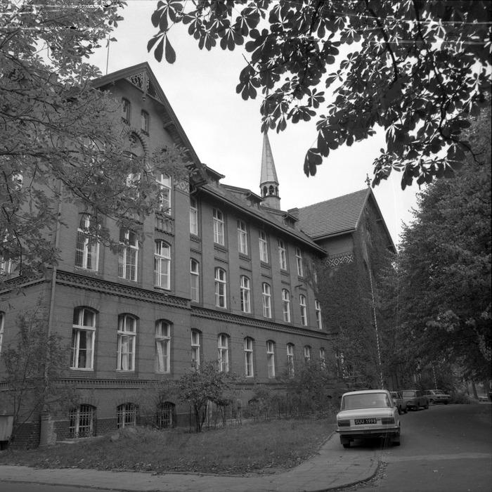 Szpital [12]
