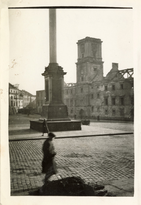 Zniszczenia wojenne w Warszawie, 1940 r. [2]