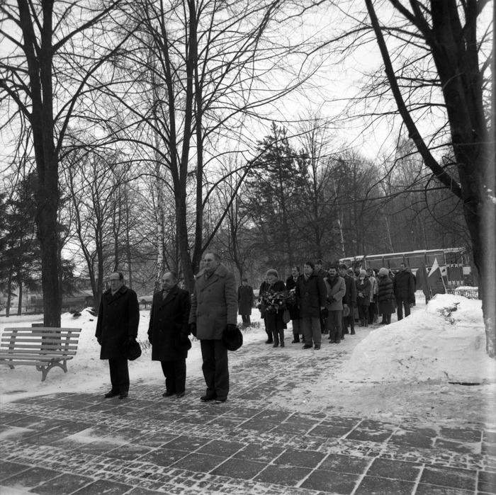 Uroczystość na cmentarzu żołnierzy radzieckich [3]
