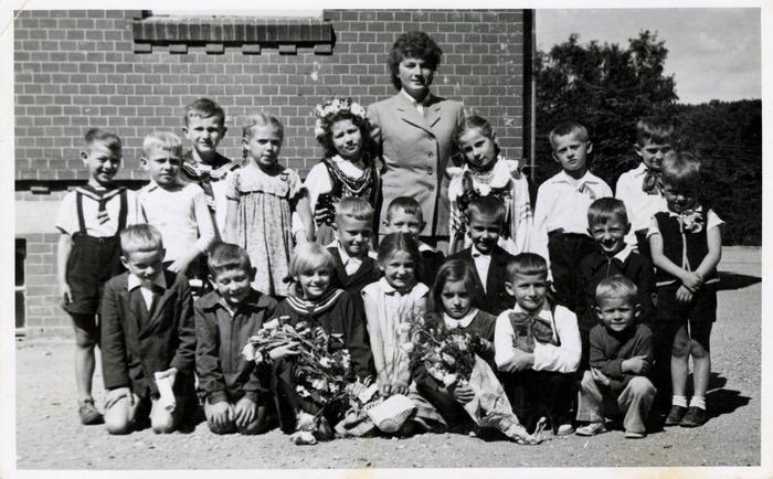 Dzieci[20]