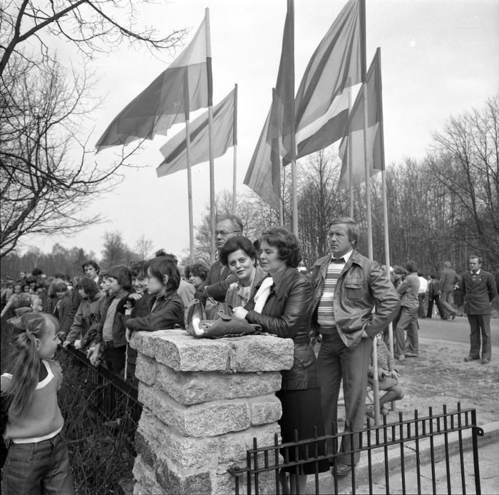Uroczystość odsłonięcia pomnika żołnierzy radzieckich [41]