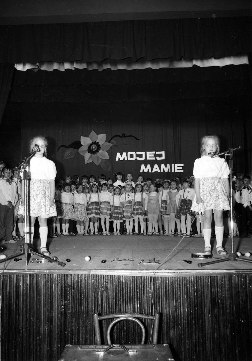 Dzień Matki, 1975 r. [2]