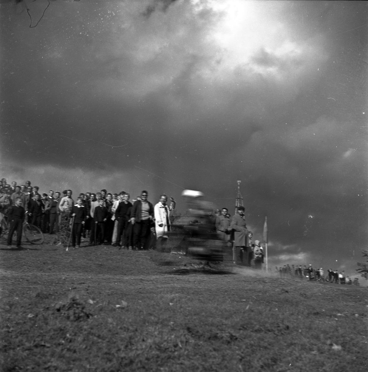 Zawody motocrossowe, 1964 r. [9]