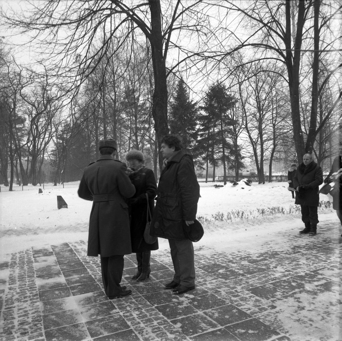 Uroczystość na cmentarzu żołnierzy radzieckich [6]