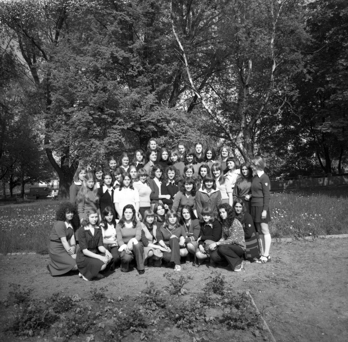 Uczennice Liceum Medycznego [1]