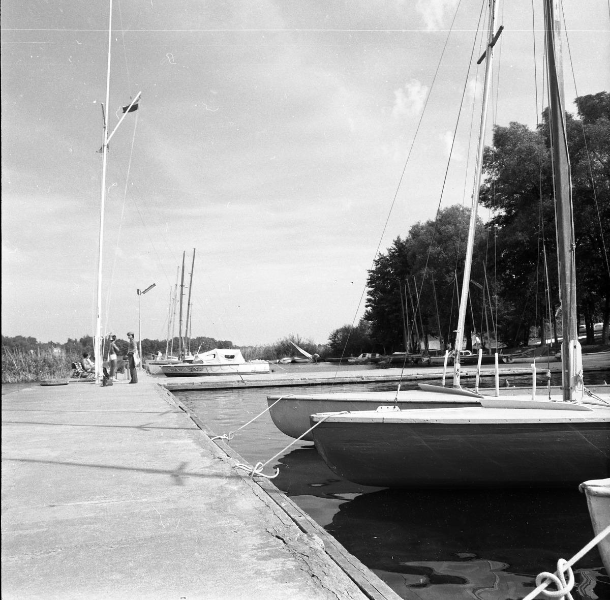 """""""Almatur"""" - port i sprzęt pływający [8]"""