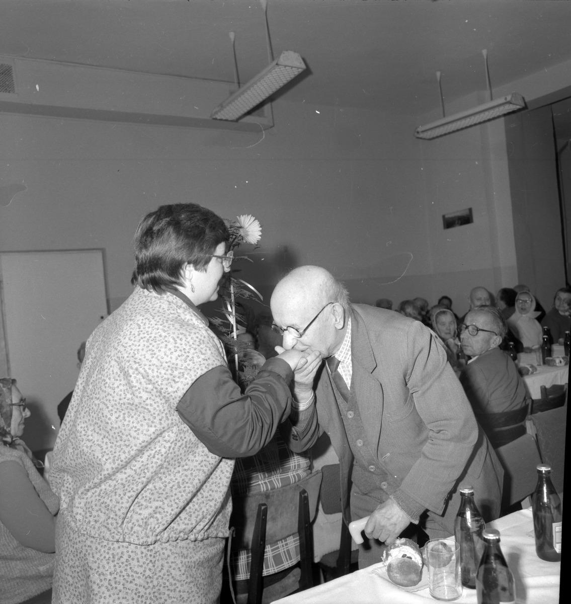 Obchody Dnia Seniora, 1985 r. [5]