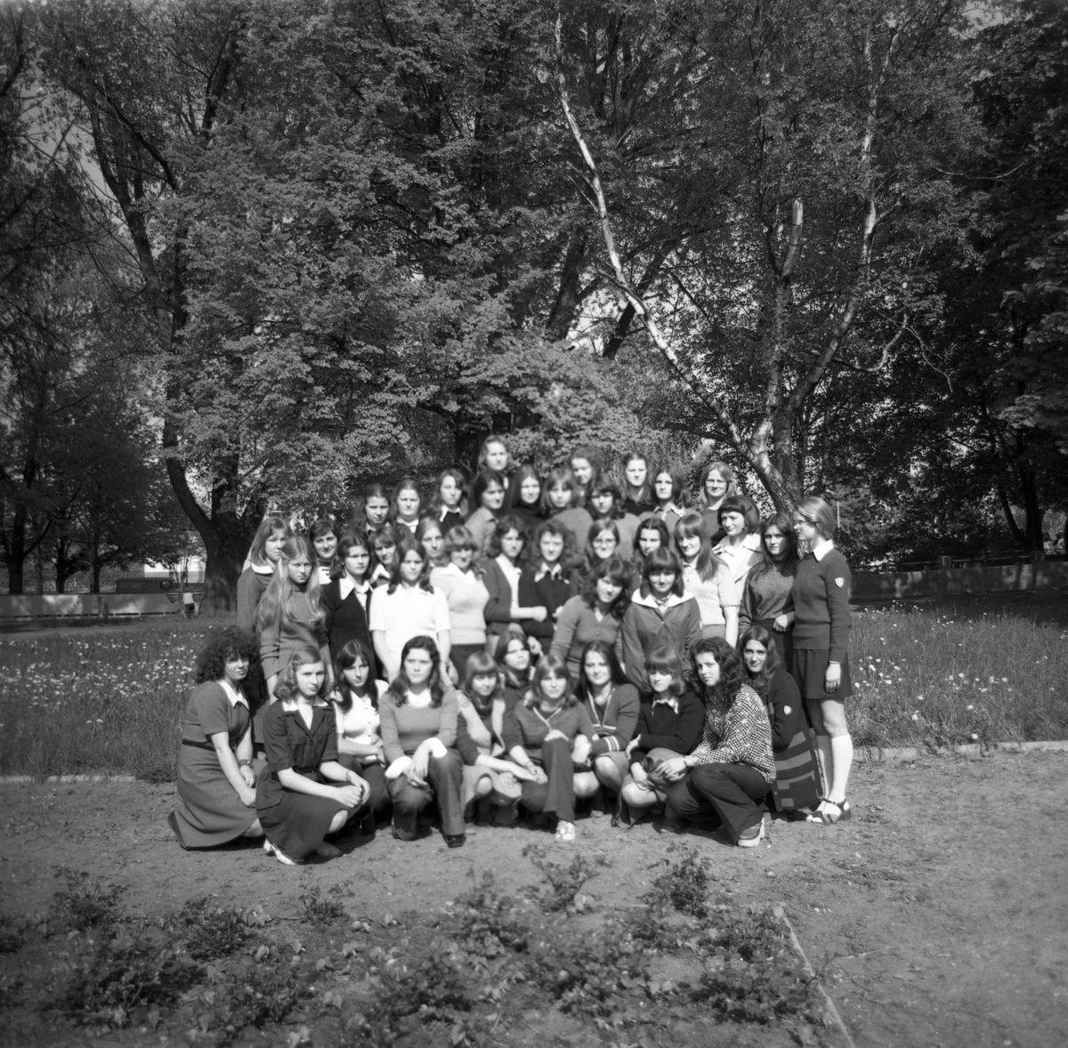 Uczennice Liceum Medycznego [2]