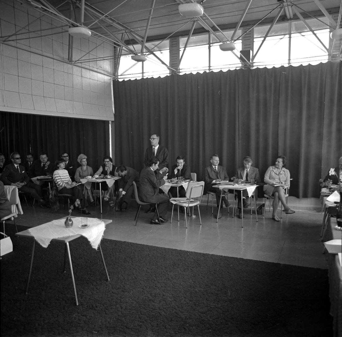 Konferencja naukowa PTE, 1972 r.