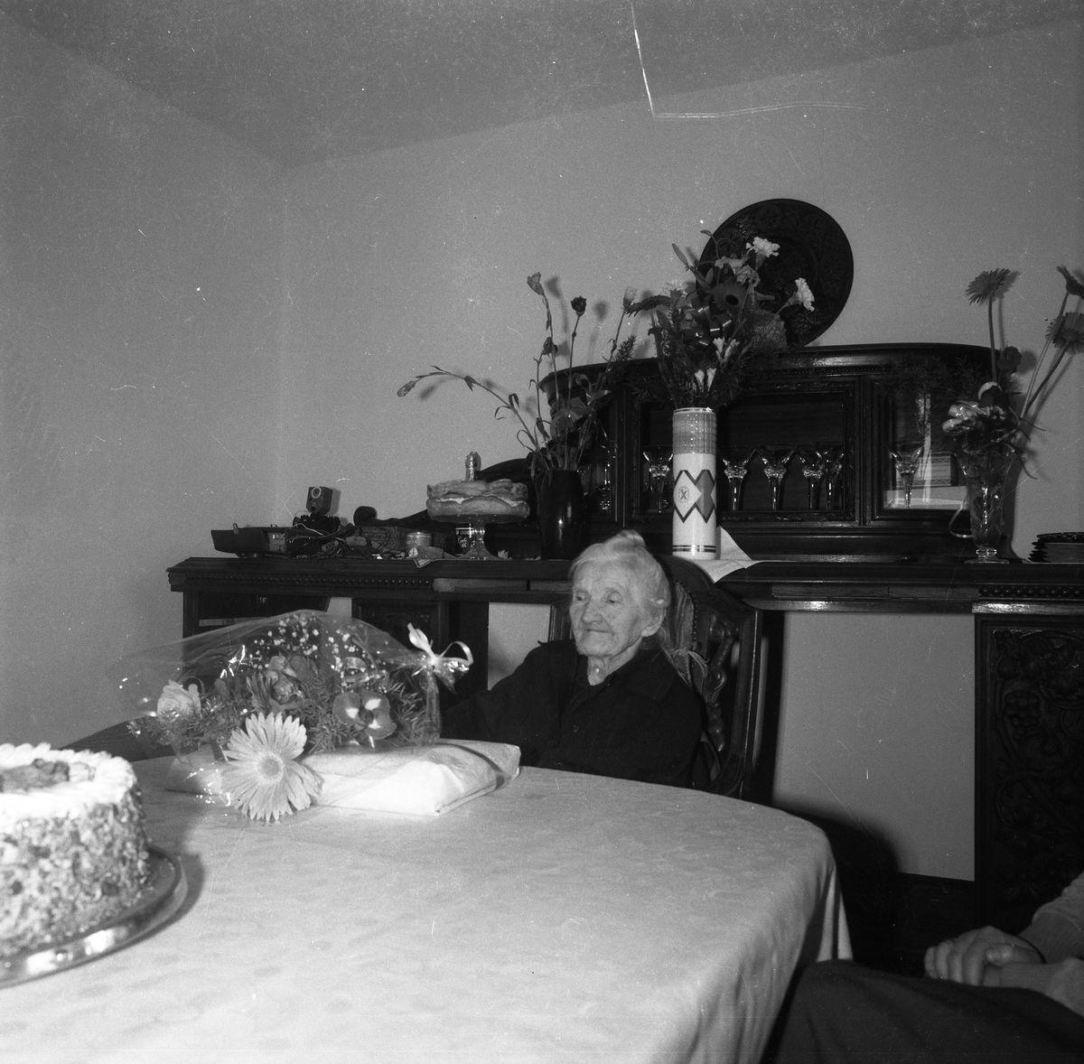 100 urodziny pani Piwkowskiej [7]