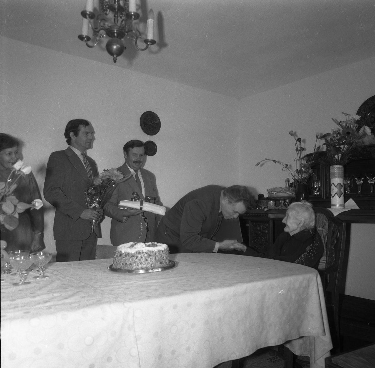Setne urodziny pani Piwkowskiej, 1987 r.