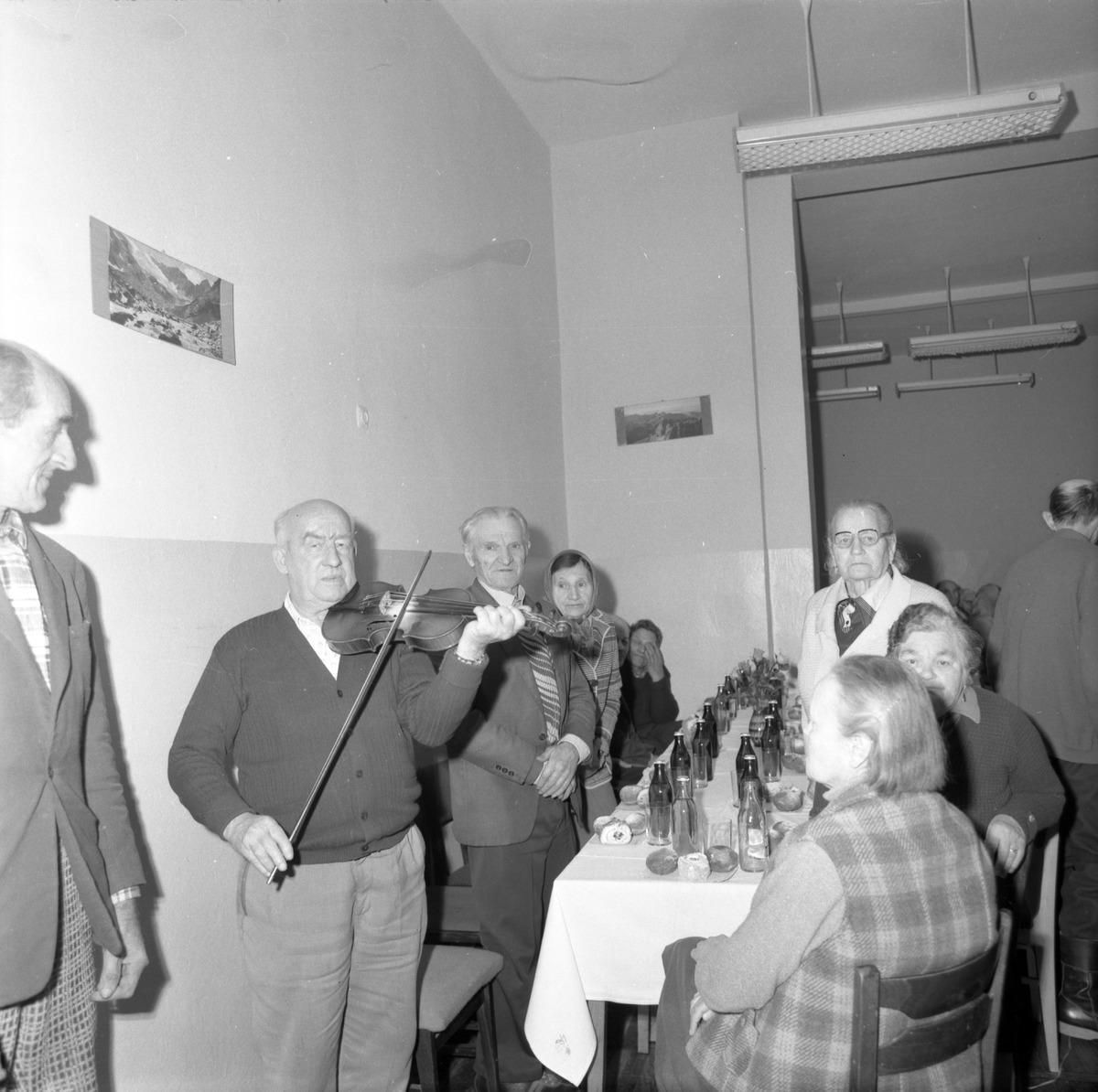 Obchody Dnia Seniora, 1985 r. [1]