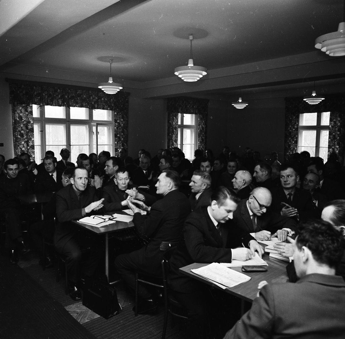 Spotkanie z kandydatami na posłów [1]