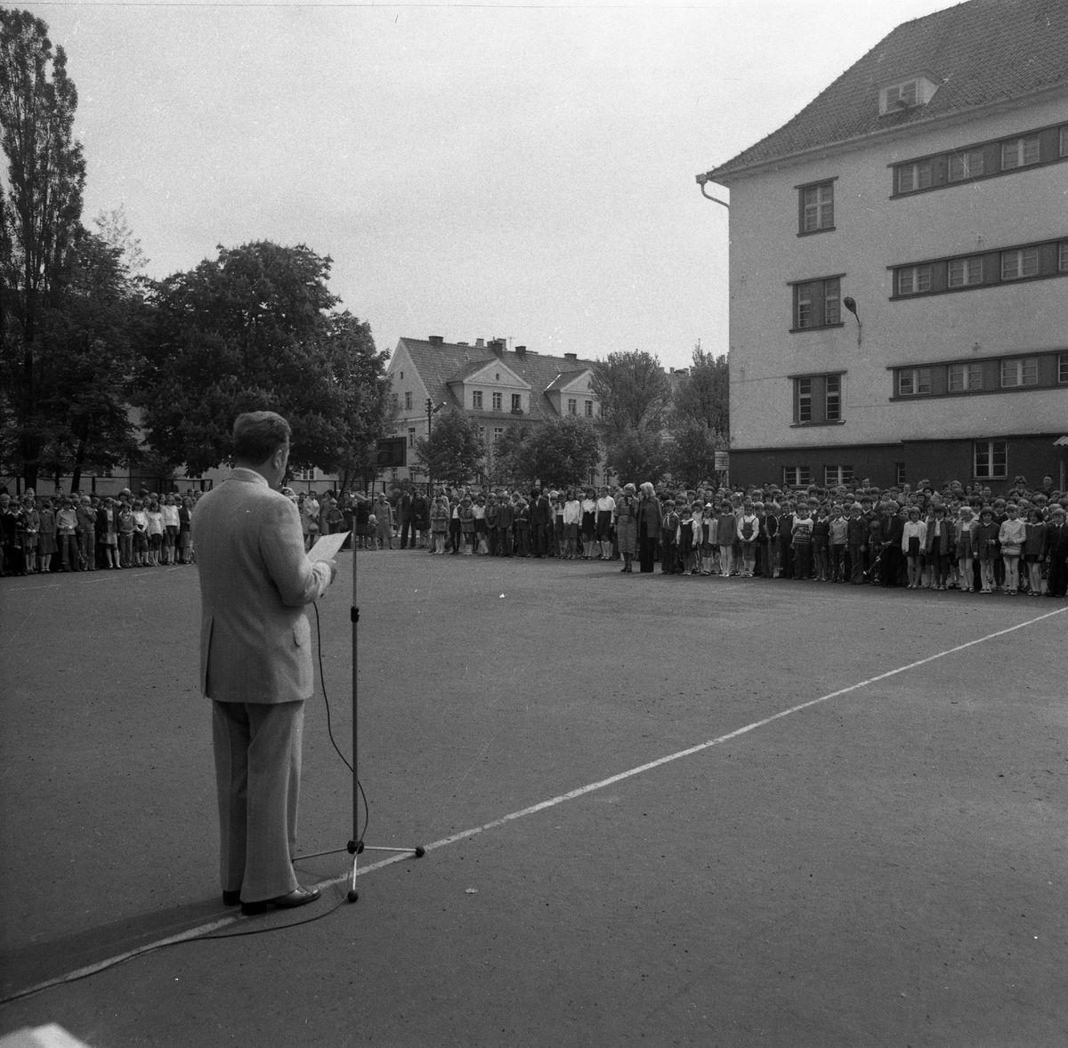 Zakończenie roku szkolnego 1976/1977 [8]
