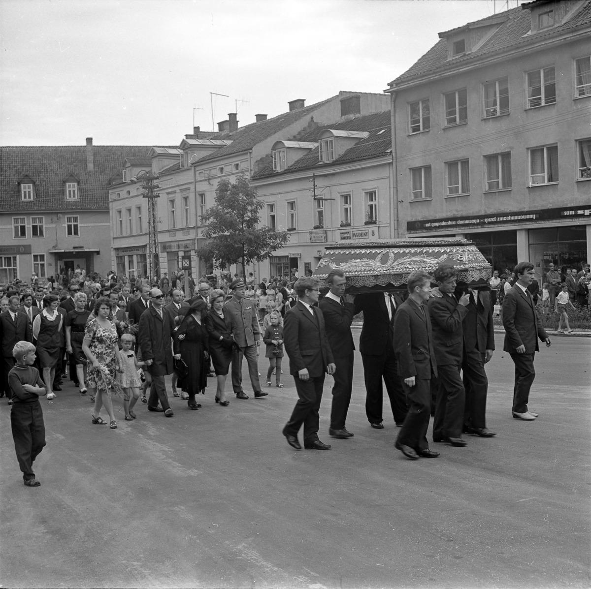 Pogrzeb Albina Nowickiego, 1972 r.