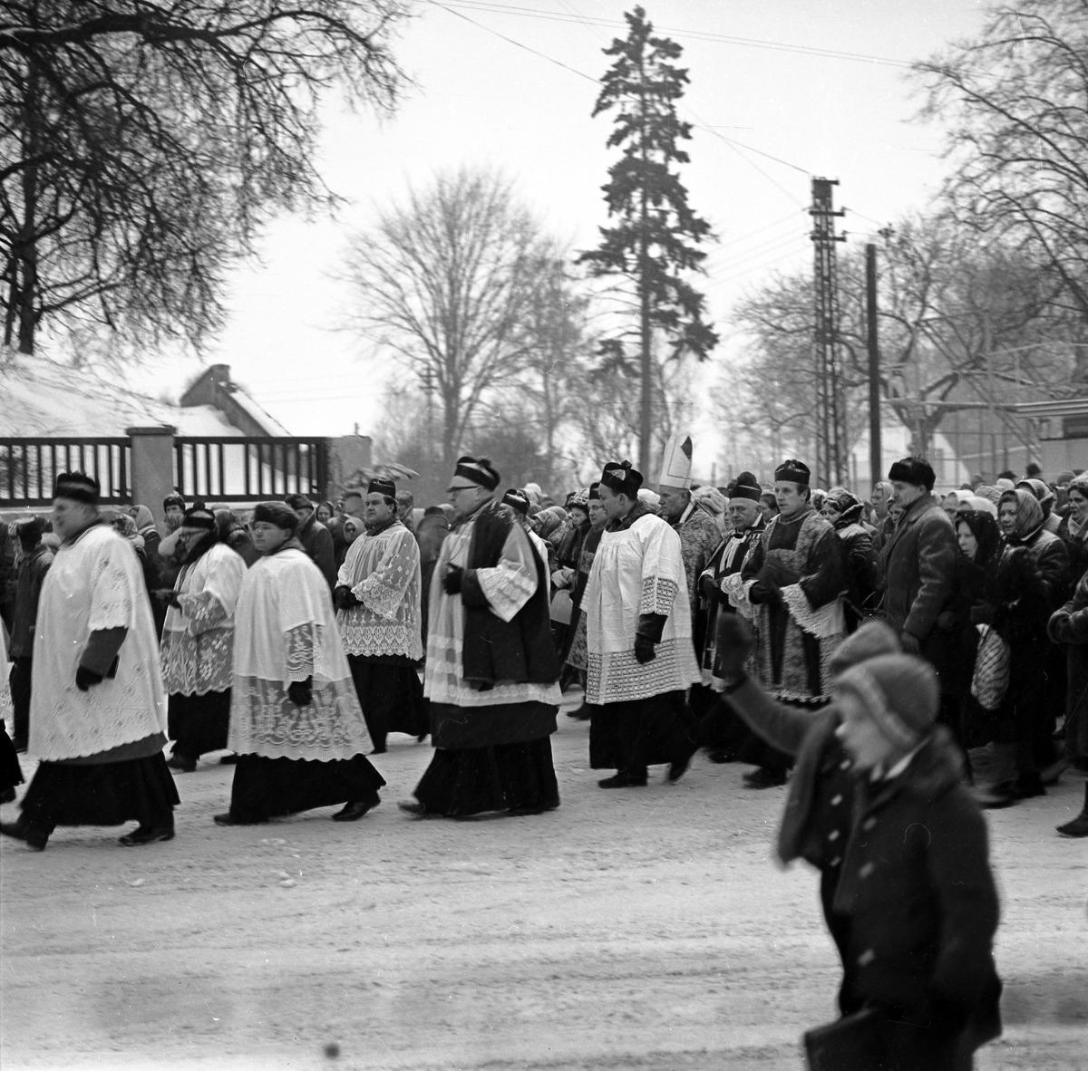 Pogrzeb ks. kanonika Władysława Dadasa, 1972 r.