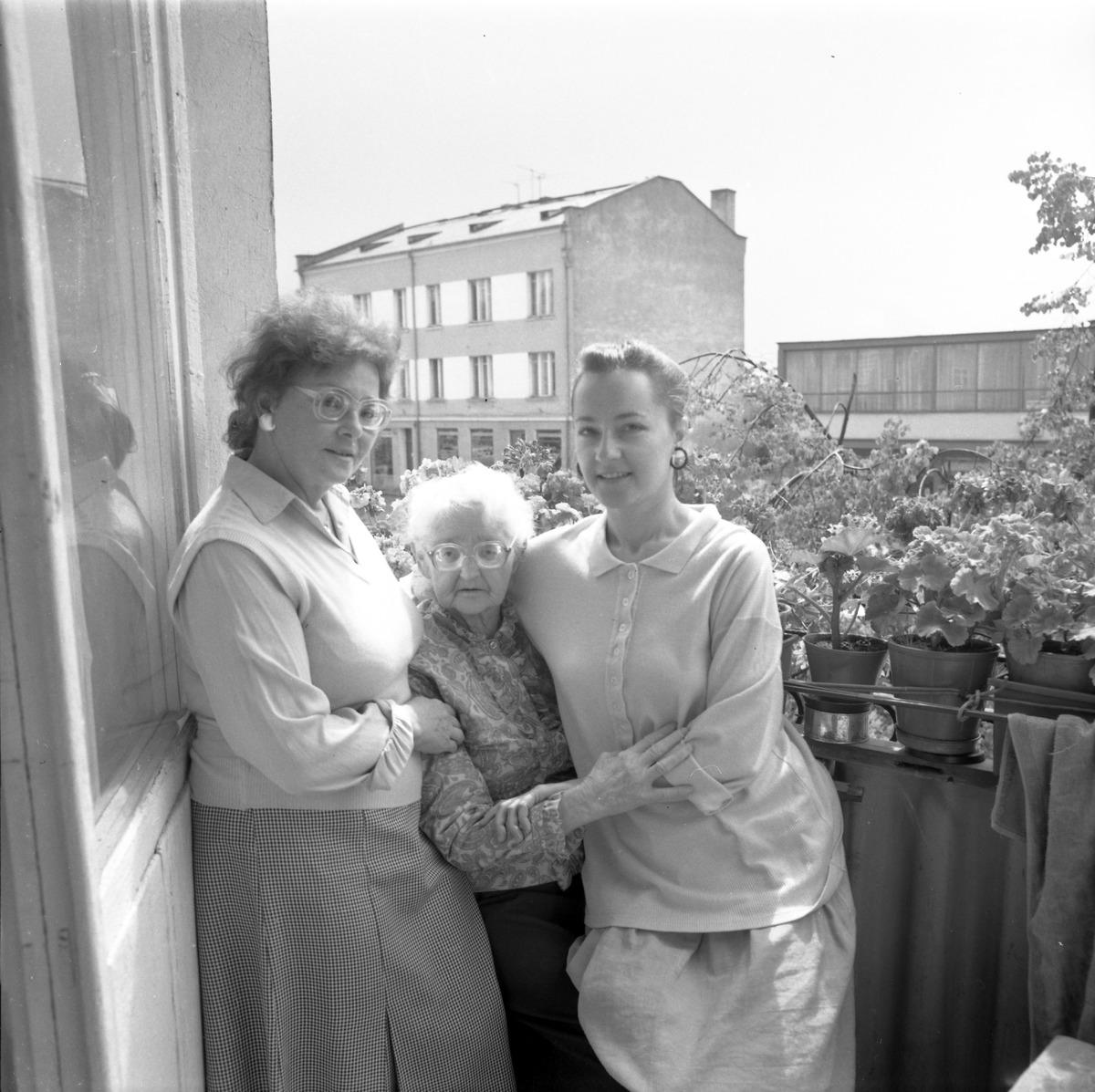 Uroczystość w Domu Pomocy Społecznej, 1991 r.