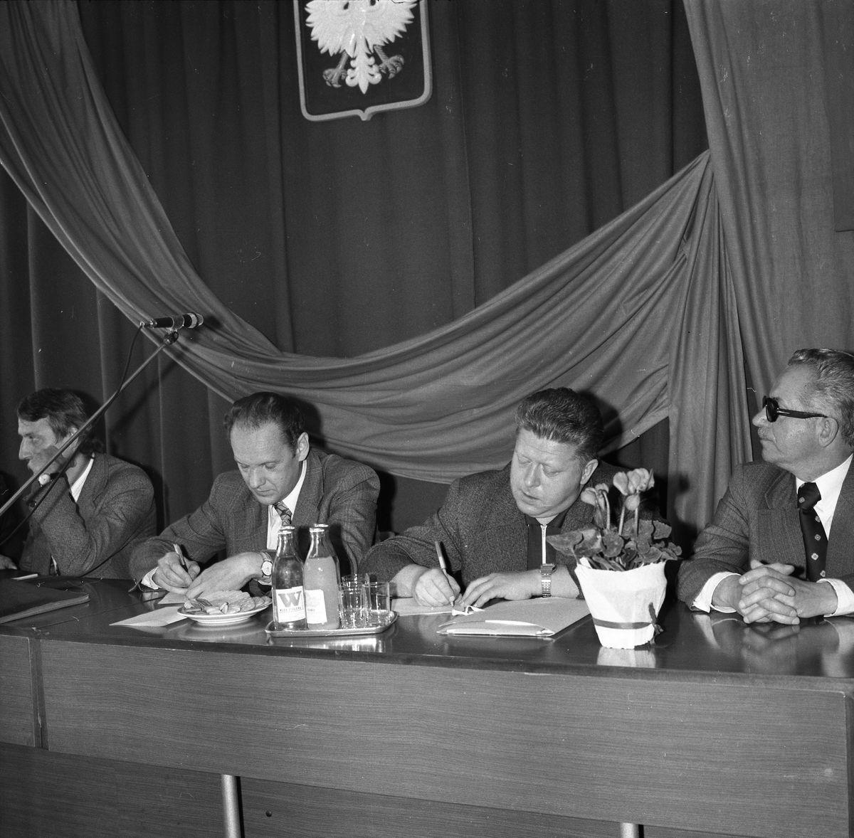 Wizyta konsula ZSRR w siedzibie Komitetu Miejskiego PZPR, 1977 r.
